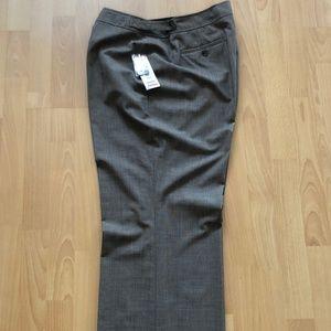 Jones New York - Classic Fit Stretch - 16W Pants